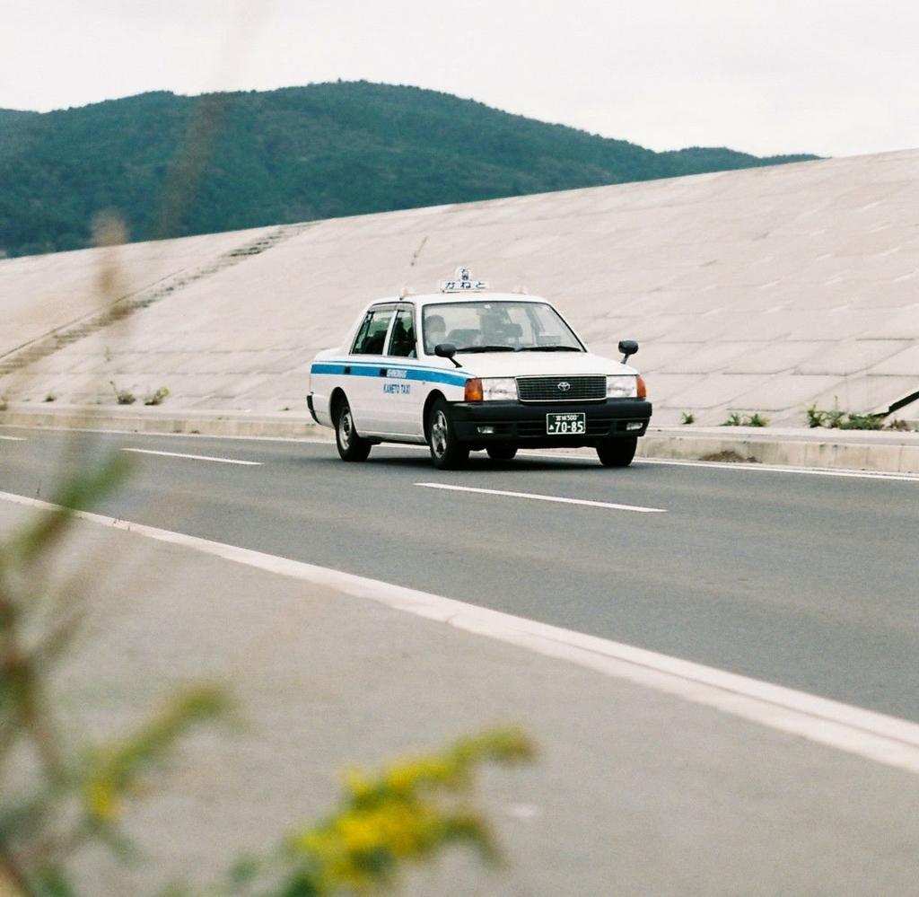 幽霊が乗るタクシー(2)
